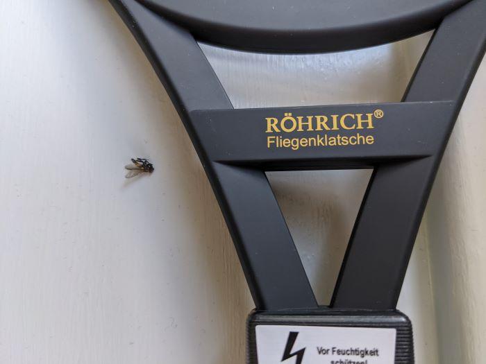 Elektrische Fliegenklatsche Fliege